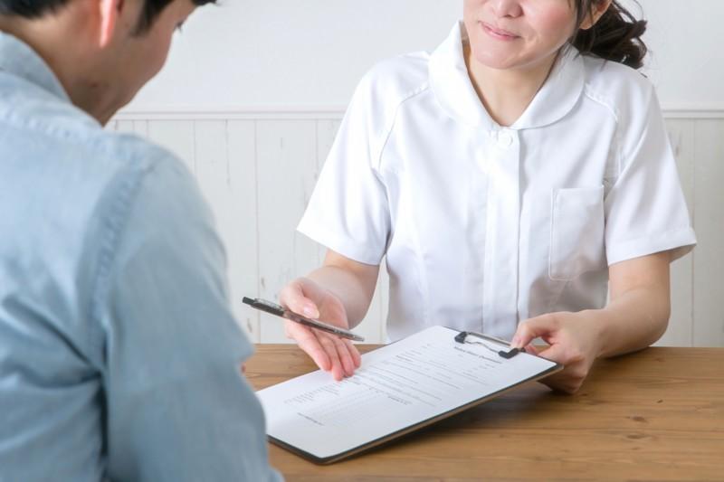 腰痛を治すために知っておきたい保存療法とは?